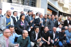 Foto de família de la Tapa Solidària 2012